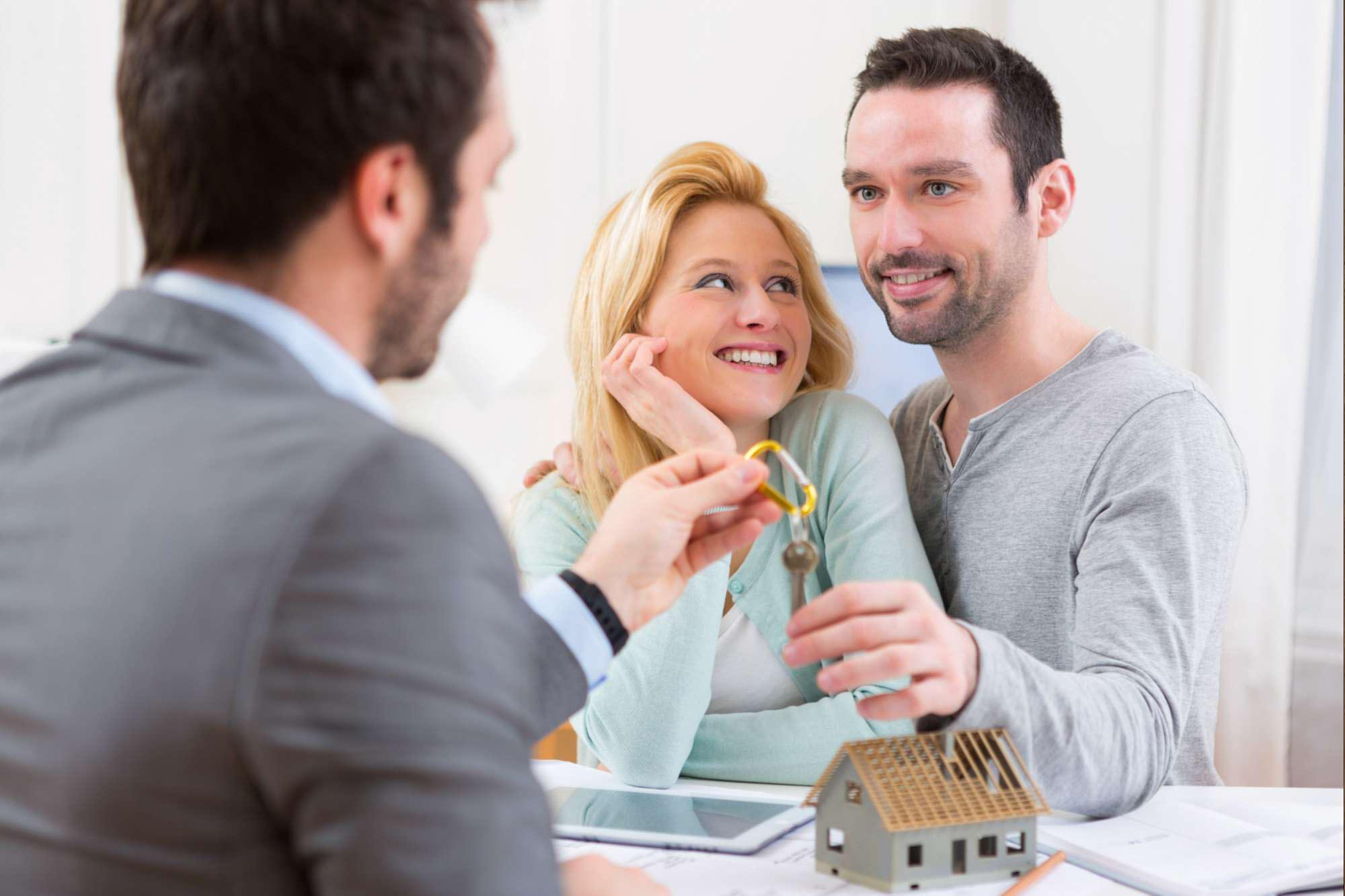 Finding and Keeping the Good Tenants